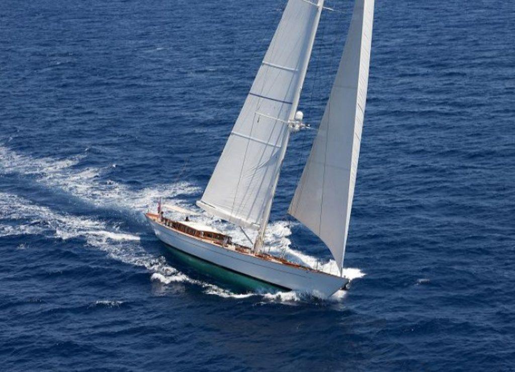 AURELIUS, AURELIUS Charter Yacht, AURELIUS Sailing Yacht, Luxury Yacht, Luxury Sailing, Nicholson Yachts, Caribbean Charters, Caribbean travel, Luxury travel, Crewed Yacht Charter, Sailing Vacation