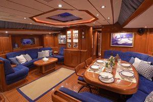 Aquila Swan charter yacht