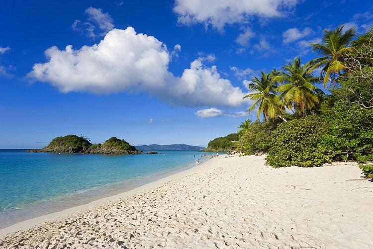 The world famous beach at Trunk Bay, St. John, U.S. Virgin Islands, Caribbean, Best Beaches 2020, Destinations 2020