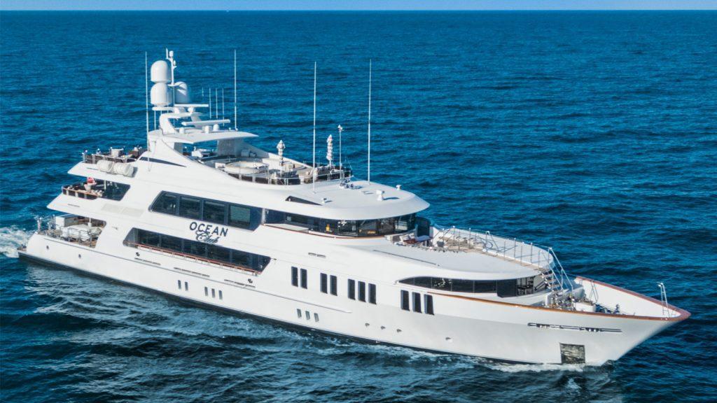 Ocean Club Motor Yacht, Motor Yacht OCEAN CLUB, OCEAN CLUB Yacht Charter, Motor Yacht Bahamas, Bahamas Yacht Charter, Charter Yacht in Bahamas, Nicholson Yachts in Bahamas, Bahamas Charter Yacht Vacation, COVID-19 Bahamas, Travel, Luxury Travel, Yacht Travel
