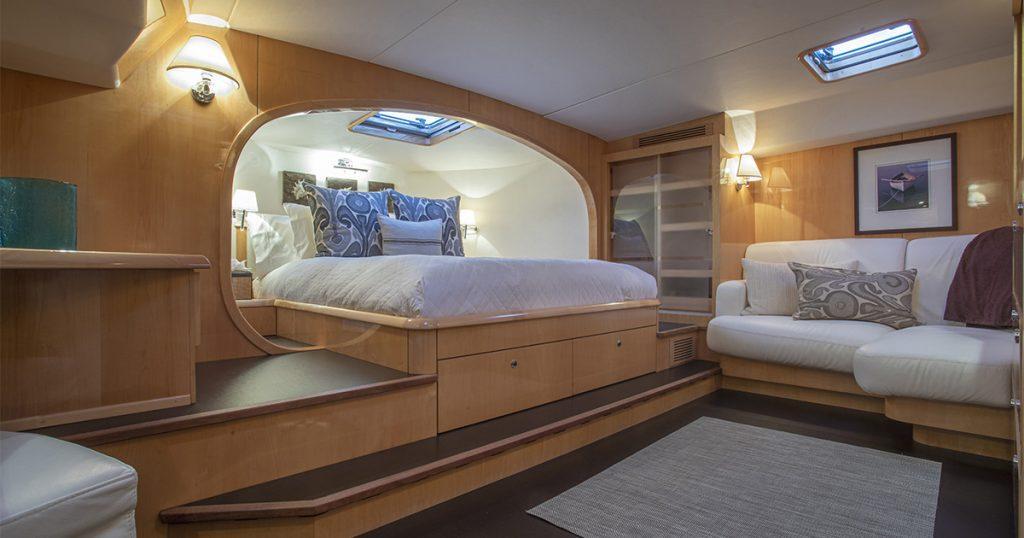 Charter Yacht MATAU master stateroom