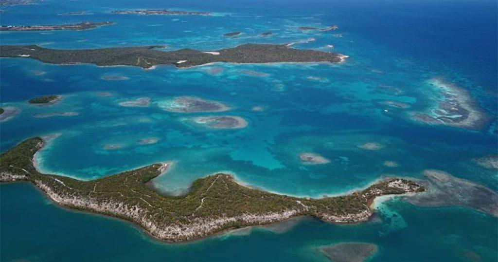Take an Antigua Spring Getaway onboard charter catamaran GENESIS. Choose from hundreds of beaches and abundant coral reefs.
